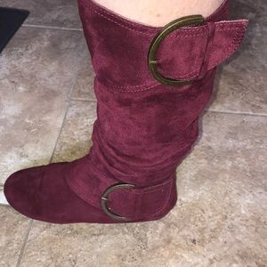 Burgundy suede boot.